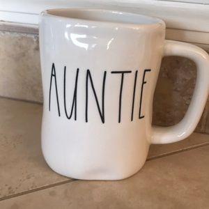 Rae Dunn Auntie Mug